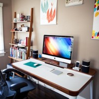 Fancy - Airia Desk by Herman Miller