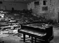 Twitter / PhotoAbandonne : Une pièce à Tchernobyl. ...