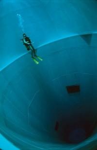Nemo 33, la piscine la plus profonde du monde - La boite verte