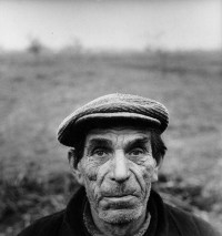 Antanas+Sutkus+-+Portrait+of+a+Farmer%2C+1969.jpeg (440×468)