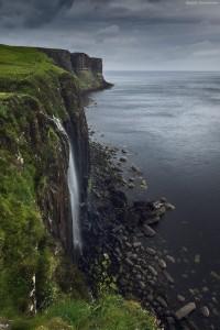 500px / Skye falls by Daniel Korzhonov