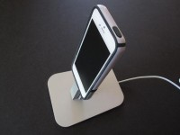 Reviews: Twelve South HiRise for iPhone | iLounge