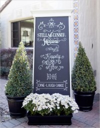 The Hottest Wedding Trend: Chalkboard Accessories | Weddingomania