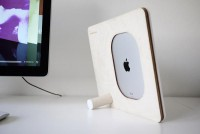 Polyply - iPad, iPhone and iPod Stand by Andrew Seunghyun Kim » Yanko Design