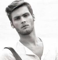 Latest-trendy-hairstyles-men.jpg (450×464)