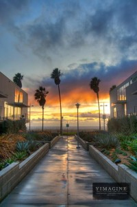 Beautiful Sunset After a Storm in Venice Beach, Los Angeles Travel Stock Photo | YIMAGINE