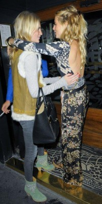 Sienna Miller with Poppy Delevingne | Celebrity-gossip.net