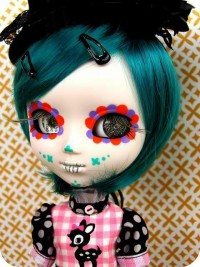 Amoebas Amoebas Everywhere! • Blythe Doll love. How cute.