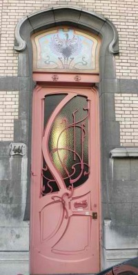 Amoebas Amoebas Everywhere! • Check out this door.