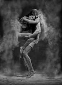 Danza en Polvo: Anton Surkov