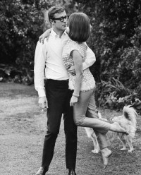 Amoebas Amoebas Everywhere! • Michael Caine and Natalie Wood