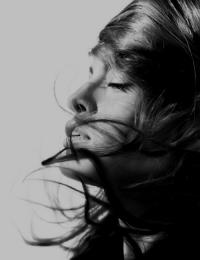 Blonde | Eva Mendes