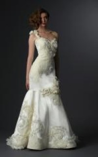 Wedding Dresses, Wedding Fashion Photos, Wedding Accessories Photos | InsideWeddings.com