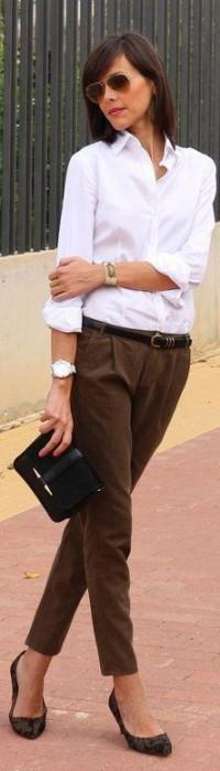 Différentes façons de porter le chemisier blanc : ... | BUSINESS OUTF…