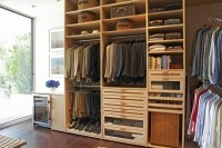 The Living Space Closet - HIS