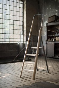 TENZING - The ladder as part of the living environment on