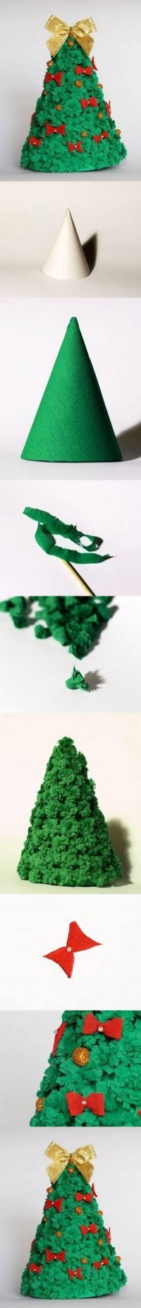 DIY Corrugated Crepe Paper Christmas Tree DIY Projects | UsefulDIY.com