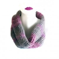 infinity scarf hand knit grey and pink infinity by selenayselenay