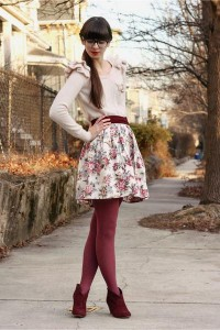 """Crimson Steve Madden Boots, Light Pink H&M Sweaters 
