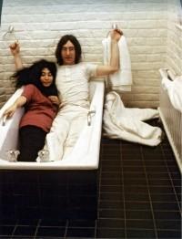 John+Lennon++Yoko+Ono.jpg (489×640)