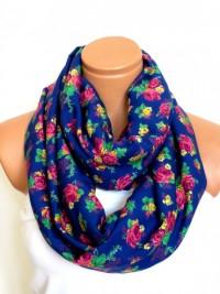 WomensScarvesTrend taraf?ndan Scarfnomad rengarenk çiçekleri Infinity