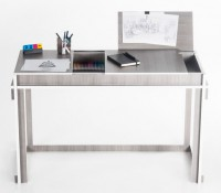 Circunscriba Desk by Masiosare Studio