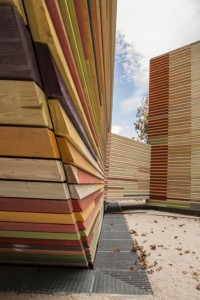 Renzo Piano's Flat-Pack Auditorium aids disaster recovery in Aquila - Images