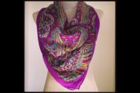 Foulard violet en soie