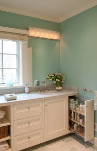 Beachfront Cottage - Martha's Vineyard, MA - beach style - bathroom - boston - by Elizabeth Swartz Interiors