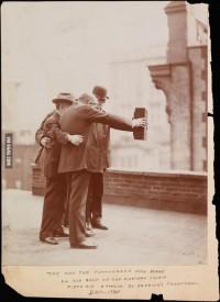 9GAG - Selfie, circa 1920.