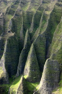 Kaua'i - Helicopter Tour: N? Pali Coast - Cathedral Cliffs | Flickr : partage de photos !