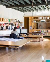The Perfect Office - SanDisk 128GB USB 3.0 Flash Drive, Rapoo E2700 Wireless Keyboard and Office Ideas   Abduzeedo Design Inspiration