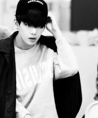 (100+) taehyung