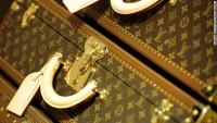 $30B luggage fortune: Bernard Arnault explains success of Louis Vuitton - CNN.com