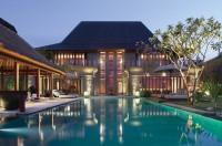 glorious-pool.jpg (1003×664)