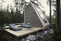 Cabin Porn: Designed and built by 21-year-old industrial...