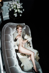 January Jones | Cover Story: At Home with January | The Violet Files | VIOLET GREY