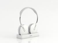 bluetooth headphones on