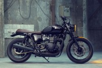 Custom Triumph Bonneville T100 by Bunker • Highsnobiety