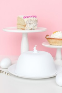 DIY // Figurine Cake Dome