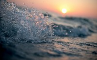 Download Wallpaper waves, splash, water, spray HD background