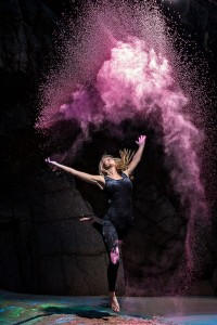 Powder Dance Creative Directors: Jessica Reynolds & Matt Porteous Photography: Matt Porteous | Inspiration DE
