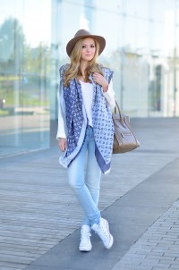 This scarf is Everything | Inspiration DE