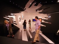 zaha hadid designed show booth. | Inspiration DE