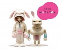 This is not a toy | Design Exchange Museum - CzytajNiePytaj - Magazyn Online. Sztuka, Moda, Design, Kultura