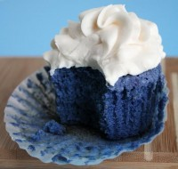 Sprinkle Bakes: Blue Velvet Cupcakes and Finding the Perfect Hue