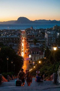 Late evening in the Port city of Patras , Greece | Inspiration DE