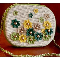 [gh10045] Contrast Color Flower Rivets Braided Straw Clutch Shoulder Bag / InvisiTree
