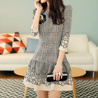 3/4 Sleeve Contrast Color Floral Print Bodycon Dress from amazingmall on Storenvy