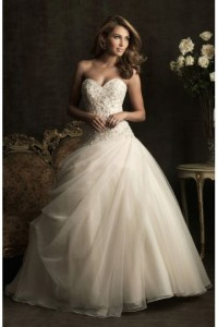 Tulle Sweetheart Applique Pleats Ball Gown Wedding Dress - ULOVEE